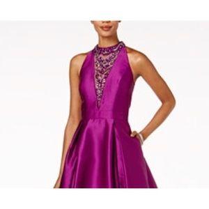 Gorgeous high-low dress.